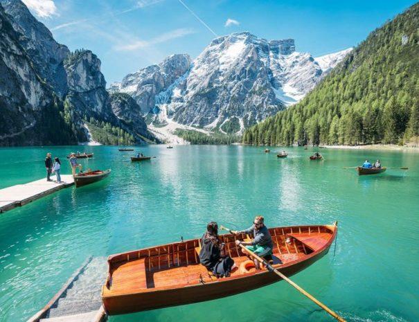 treking dolomiti jezero braies